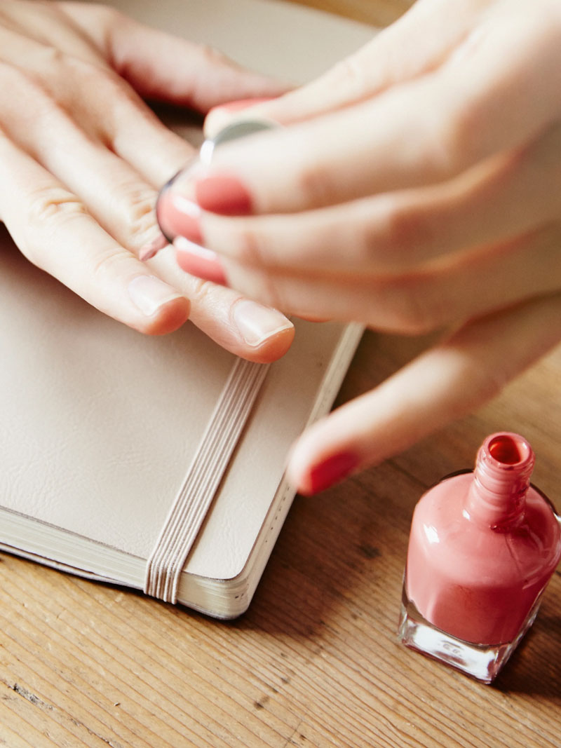 9 Ways to Not Ruin Your At-Home Manicure