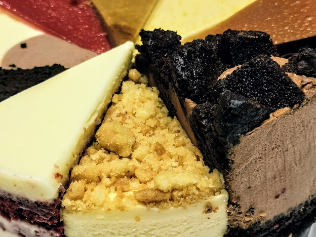 Cat_&_The_Fiddle_Famous_Singapore_Cheesecakes
