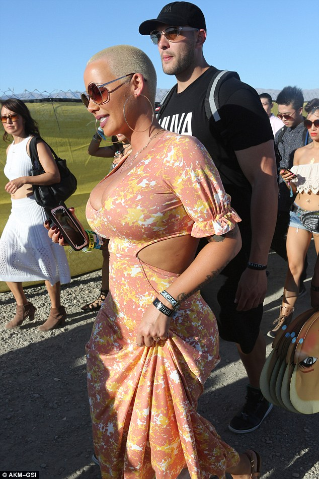 1a3 Photos: Amber Rose steps out in Floral print dress