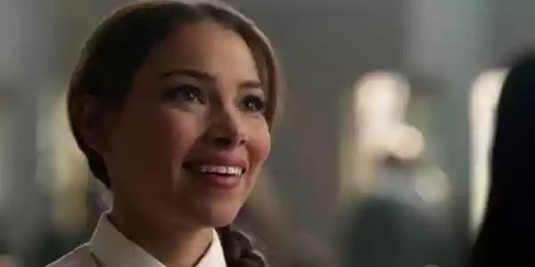 The Flash: Why The Mystery Girl Is Important To The Story