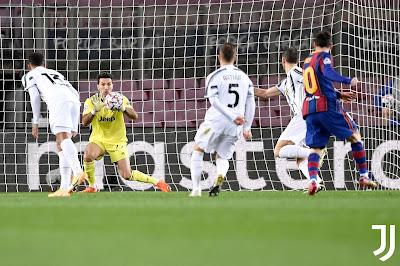 ملخص واهداف مباراة يوفنتوس وبرشلونة (3-0) دوري ابطال اوروبا