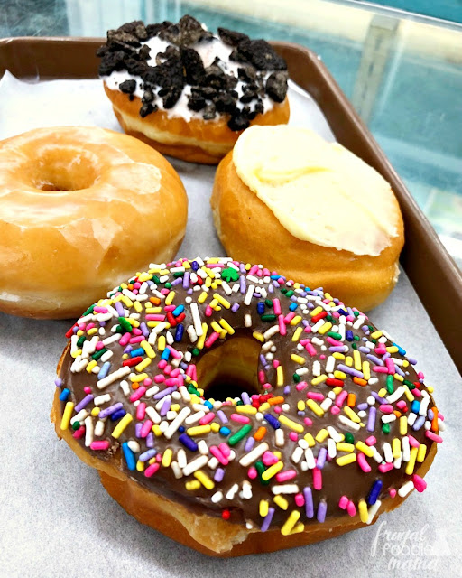 The Donut Spot is one of those cozy, old school donut shops. And since they start serving up their freshly baked donuts at 3:00 in the morning, they happen to be the first shop that opens on the Butler County Donut Trail in Ohio.
