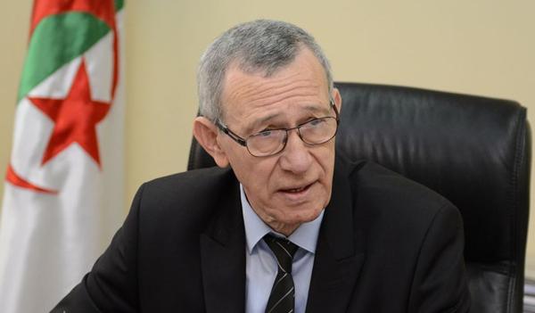 """وزير الاتصال : التغطية الإعلامية لجنازة الأستاذ العيفة أويحيى """"لا تشرف مهنة الصحافة"""""""