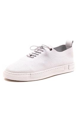 yumuşak bayan ayakkabı beyaz