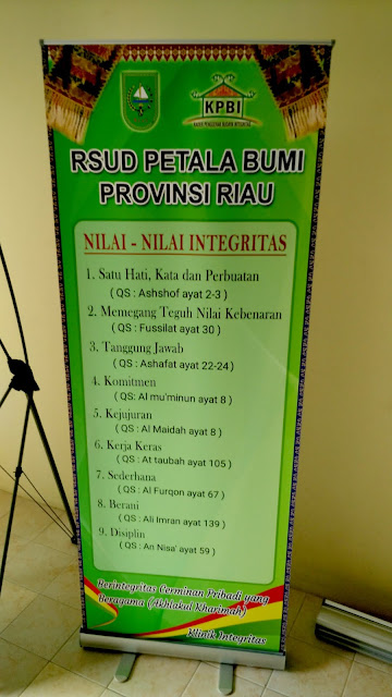 Roll Up Banner RSUD Petala Bumi