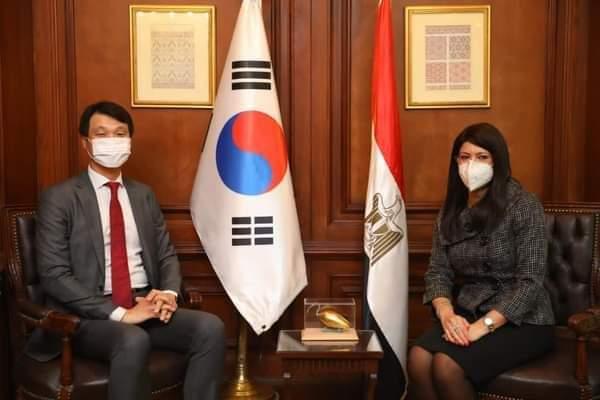 *وزيرة التعاون الدولي تبحث مع سفير كوريا الجنوبية بالقاهرة مجالات التعاون بين البلدين