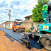 Prefeitura de Eunápolis inicia asfaltamento de novas ruas do Itapuã
