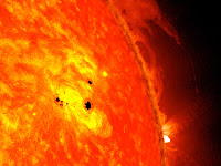 NASA's SDO Observes Fast-Growing Sunspot