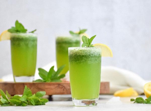 How to make refreshing mint lemon juice