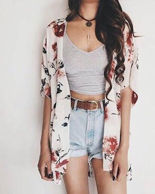 Outfit de verano con kimono de flores
