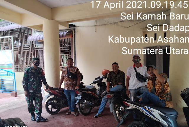 Personel Kodim 0208/Asahan Komsos Jalin Komunikasi Yang Baik Dengan Perangkat Desa Demi Menghindari Penyebaran Covid-19