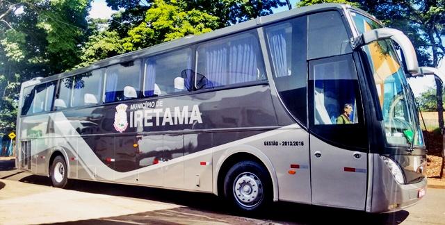 Iretama: Prefeita Filó entrega ônibus novo para a população