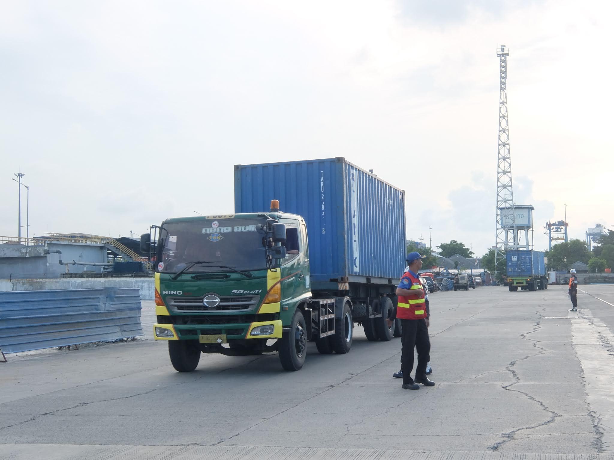 jasa towing Surabaya - Malang