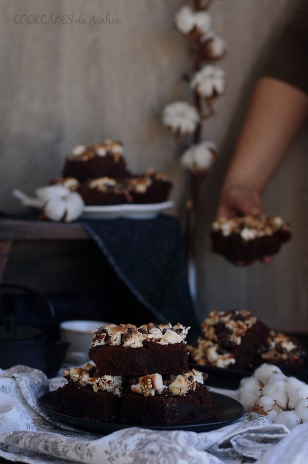 Brownie tradicional al estilo Rocky Road