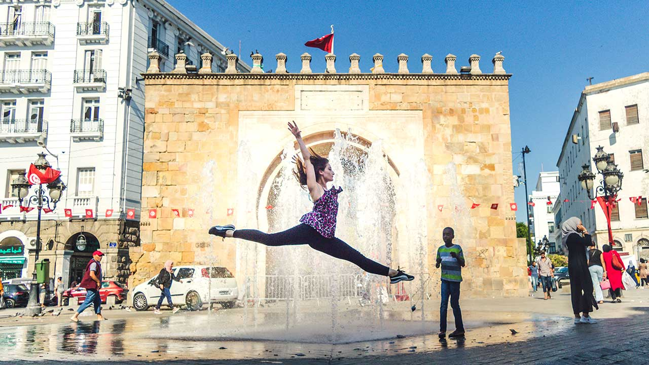girl flip in tourist place in tunisia africa most richest nation in africa