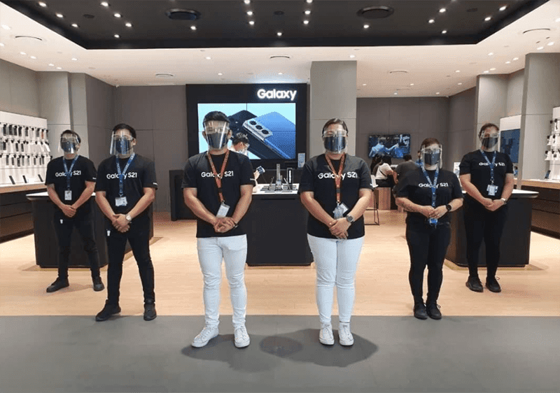 Samsung Experience Stores promote safe shopping experience