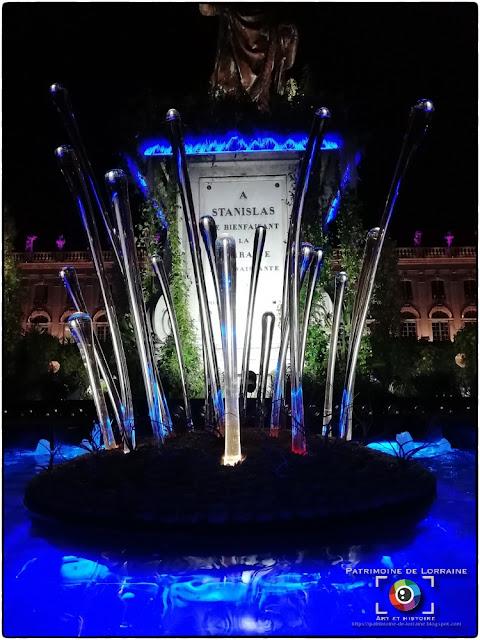 NANCY (54) - Photos nocturnes du jardin éphémère de la Place Stanislas 2019 !