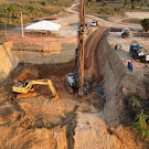 Governo realiza primeira perfuração para ponte do anel viário de Brasileia e Epitaciolândia