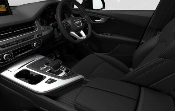 Audi Q7 black edition 2019 front cabin view