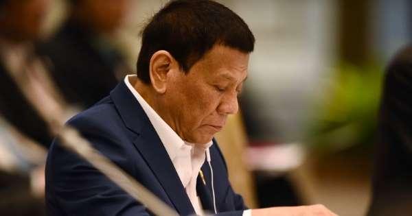 Rodrigo Duterte Kecelakaan Dalam Kompleks Istana