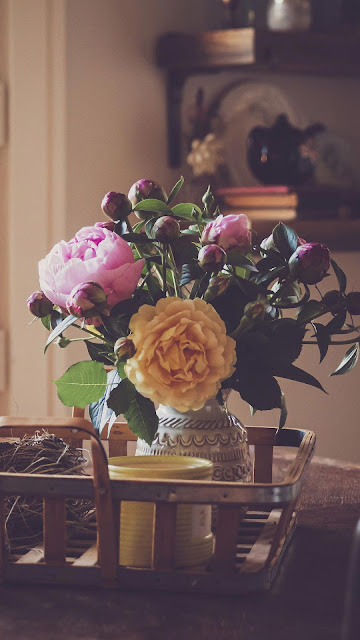 Flowers on the table Vintage wallpaper
