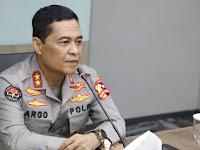 Panglima TNI dan Kapolri Tinjau Vaksinasi di Madiun dan Bangkalan