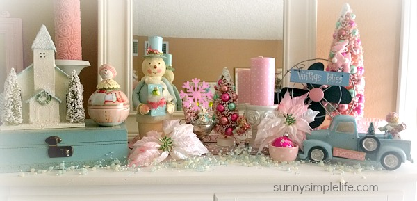 pastel Christmas decor, shabby chic bedroom decorating ideas