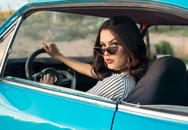 #10 Songs To Listen While Driving
