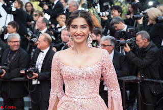 Sonam Kapoor looks stunning Smiling Beauty in Cannes 2017