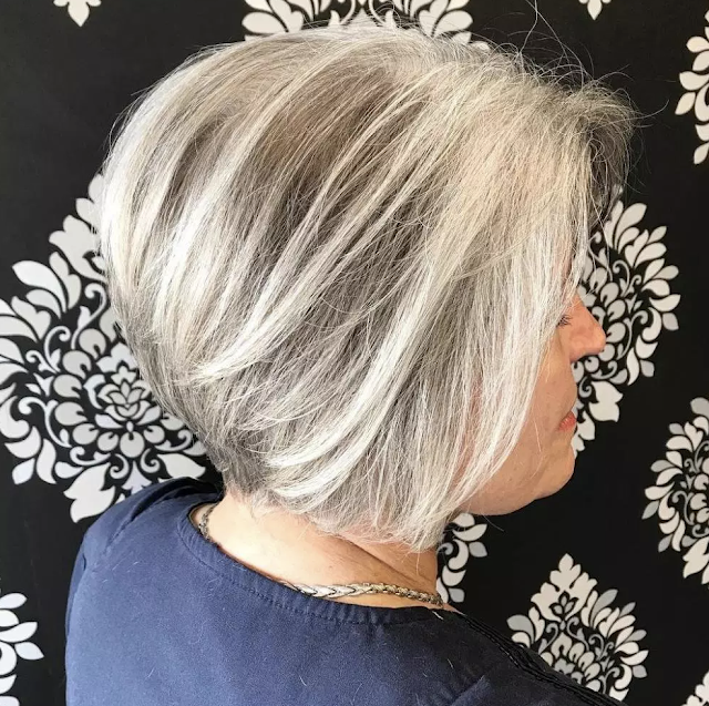 short hairstyles for women over 60 with glasses