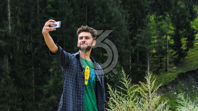 Should men who love selfies be avoided?