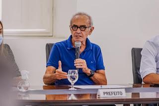 Cícero anuncia adesão ao consórcio nacional para adquirir vacinas contra a Covid-19