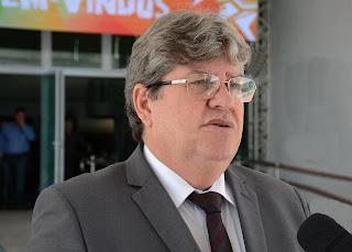 Governador João Azevêdo autoriza compra de vacina contra a Covid-19 para a Paraíba