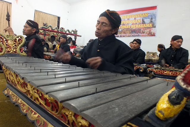 Sanggar Raras Moro