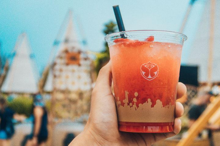 Cuánto cuesta comer y beber en Tomorrowland