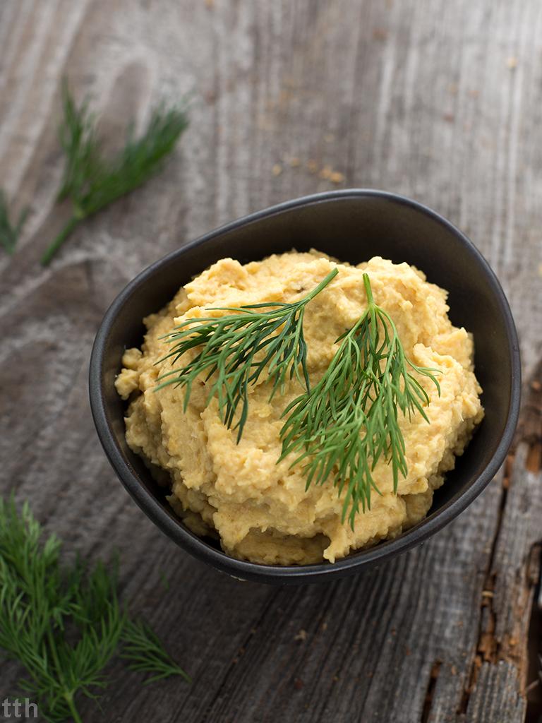 Bezjajeczna pasta z ciecierzycy weganskie bezglutenowe blog kulinarny wegański roślinny