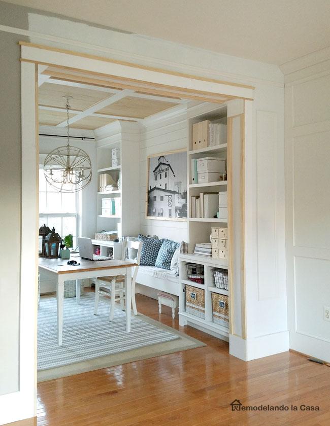 DIY  Doorway Trim  Remodelando la Casa