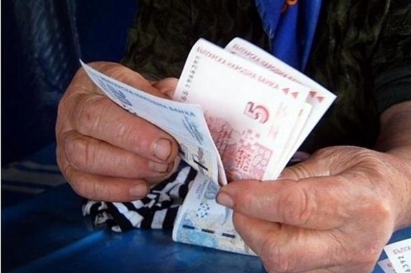 Всеки ден по две баби хвърлят пари от балконите си на телефонни измамници