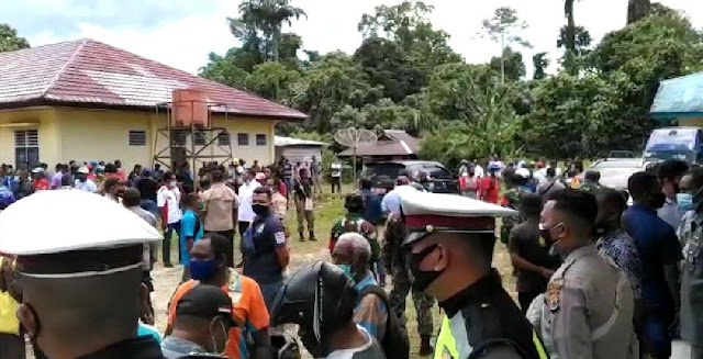 Selvia Mundoni Usir Wartawan Hendak Meliput Debat Kandidat Pilkada Supiori 2020.lelemuku.com.jpg