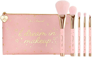 Too Faced Christmas Dreams 5