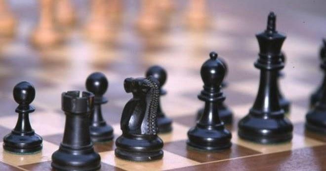 بيرو قديم ترتيب ابجدي لماذا القلعة أقوى من الفيل في لعبة الشطرنج Findlocal Drivewayrepair Com