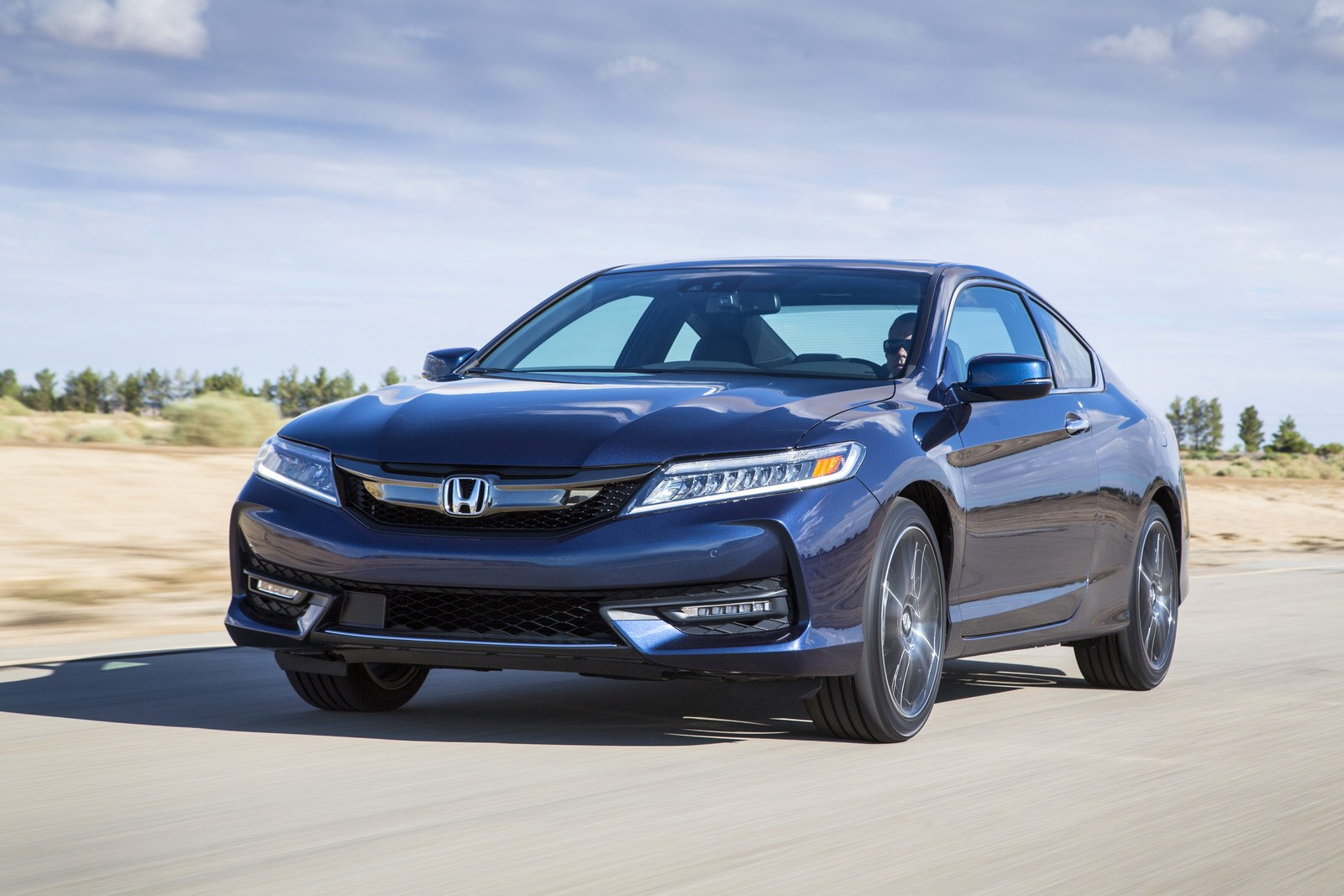 honda quietly kills the accord coupe. Black Bedroom Furniture Sets. Home Design Ideas