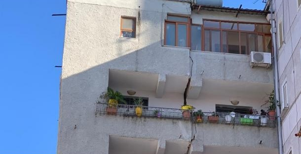 Le conseguenze del terremoto che ha colpito l'Albania con epicentro a Durazzo