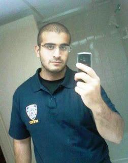 De acuerdo con medios estadounidenses, las autoridades tienen registrada una llamada de Mateen en la que declaró su lealtad al grupo terrorista.