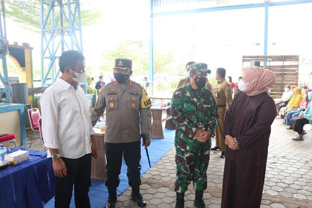 Pendistribusian Bansos PPKM Level Dilakukan Ditiga Titik di Kecamatan Sagulung
