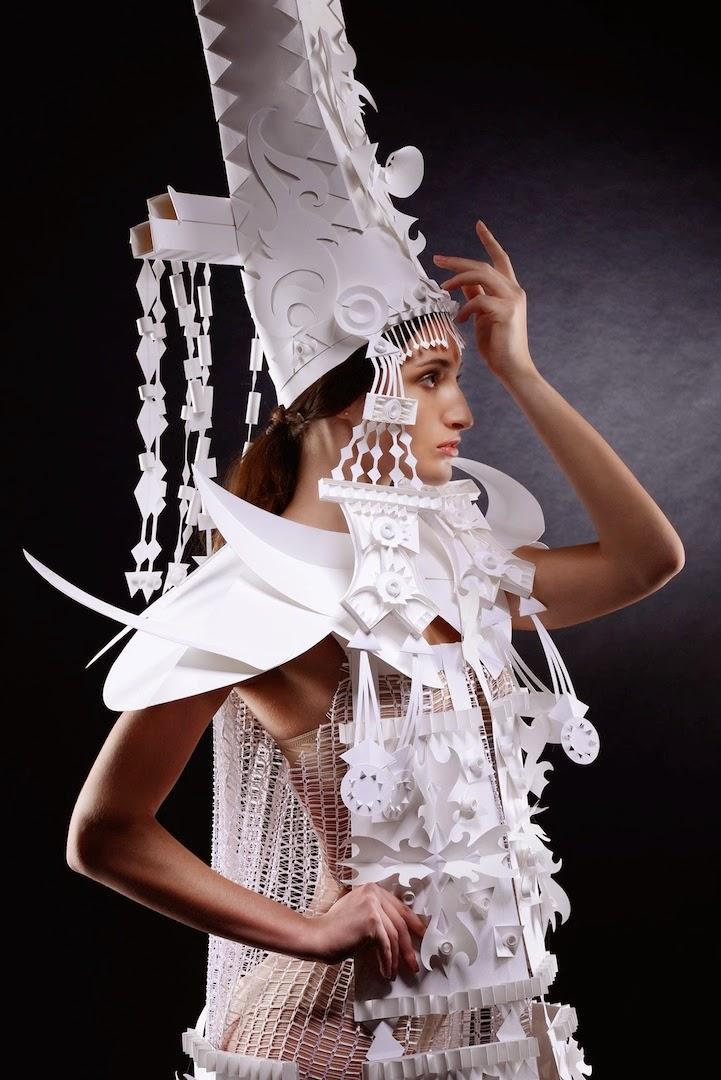vestidos de papel de Asya Kozina
