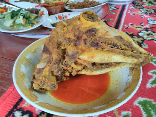 kuliner kepala kambing mandar sulbar