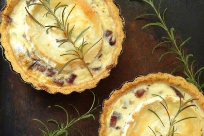 Caramelised Red Onion and Goats Cheese Tarts