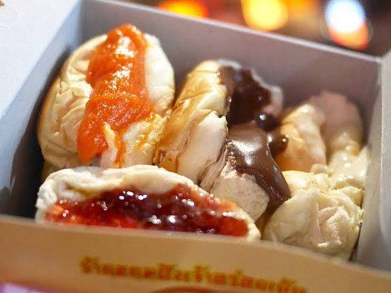 Yaowarat Toasted Bread chinatown bangkok