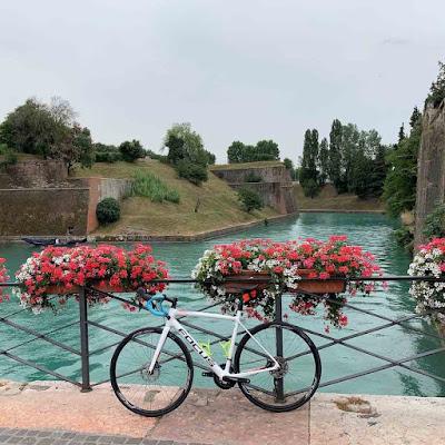 Bike rental in Peschiera del Garda on Mincio river bike cycling lane to Mantua